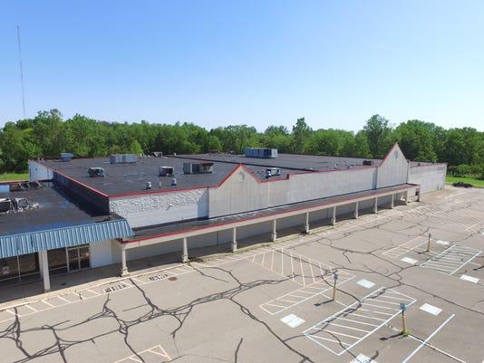 636456510427041201-SW-County-Market-drone-view.JPG