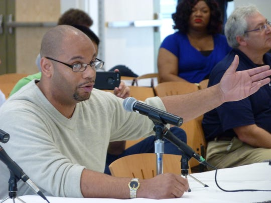 Linden Councilman Peter Brown testifying about the
