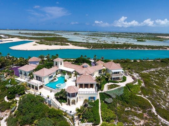 Turtle Tail, the villa on Turks and Caicos in the Caribbean