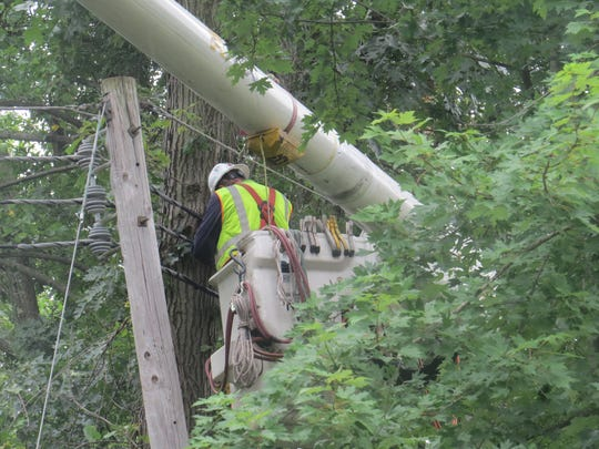 A JCP&L crew works on a transformer causing a partial power outage at the Lakeland Hills YMCA in Mountain Lakes.