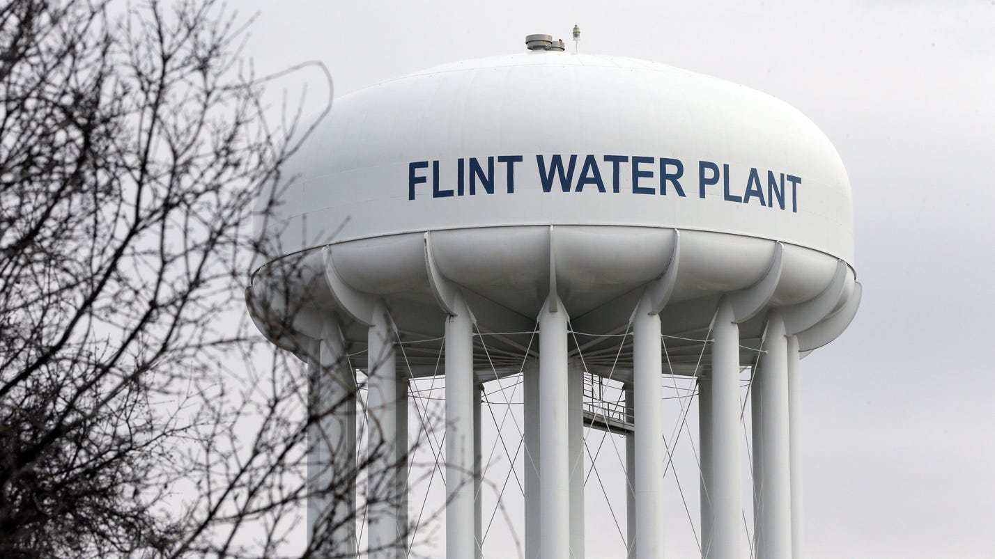 Flint mayor faces 17 recall opponents