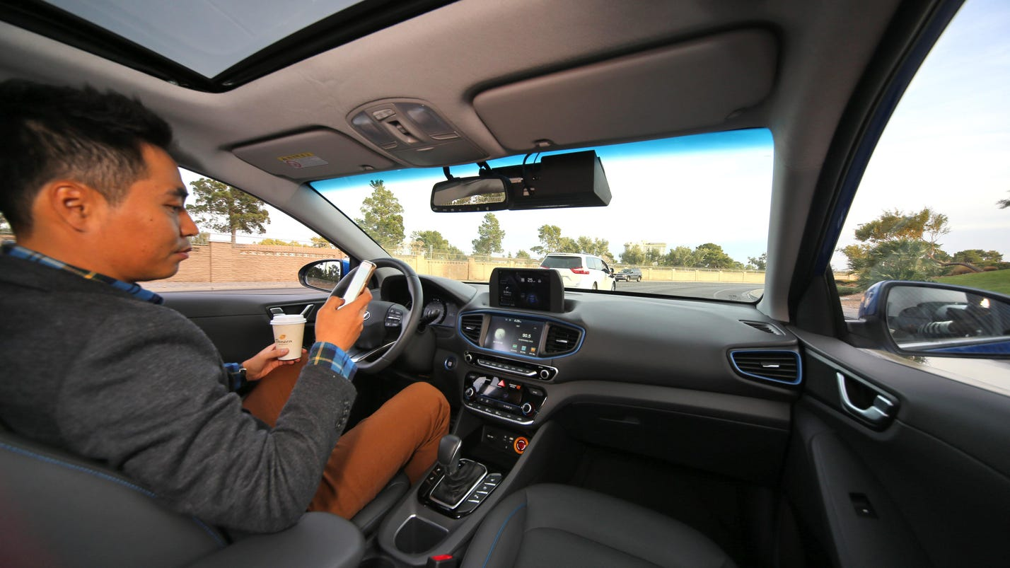 Auto industry anticipating electric, driverless future