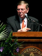 Sen. Pete Domenici speaks during the 2008 Domenici Public Policy Conference in the Pan American Center at New Mexico State University.