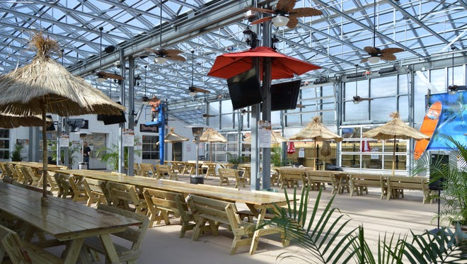 1400 South offers the Salisbury community a new way to dine.