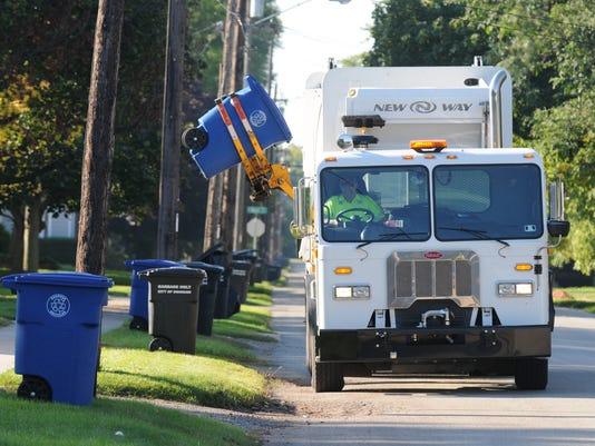 636444574487708316-APCBrd-01-18-2015-Crescent-1-A011--2015-01-17-IMG-APC-Recycling-truck-1-1-799N0RAN-L550603337-IMG-APC-Recycling-truck-1-1-799N0RAN.jpg