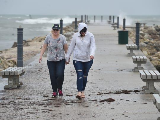 Cindy Gundling (left) and her daughter Sarah, 22, both