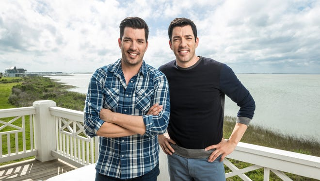 Hosts Jonathan and Drew Scott are in a heated competition with each other as the two remodel their respective homes and leave it up to guest judges to decided who spent their money most wisely. The winner gets to watch as the looser takes part in a humiliating dare, as seen on Brother vs. Brother