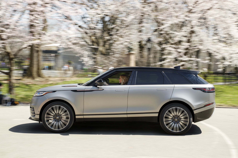 new york international auto show land rover reveals new. Black Bedroom Furniture Sets. Home Design Ideas