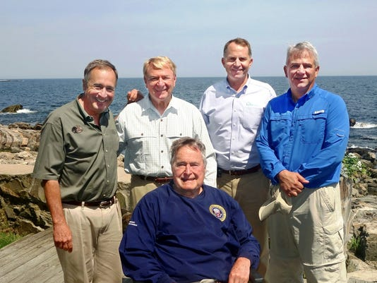 President Bush meeting (FINAL).jpg