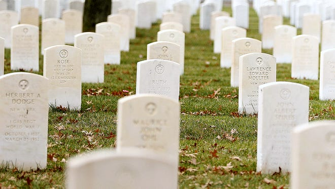 There will be a Veterans Day ceremony Saturday at Woodlawn National Cemetery