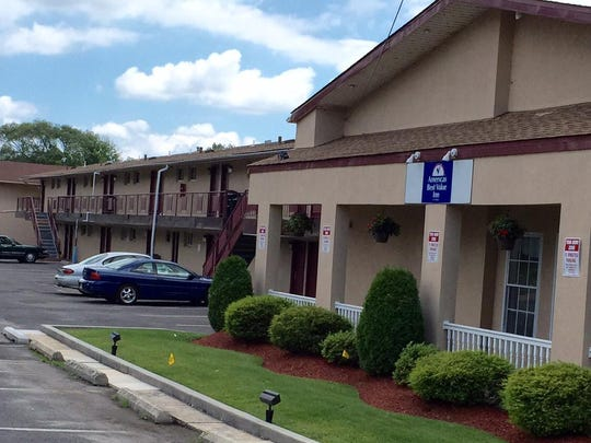 America's Best Value Inn, off Route 70 in Cherry Hill, would hold apartments under terms of a proposed settlement of a court fight between the township and Woodcrest Country Club's owner.