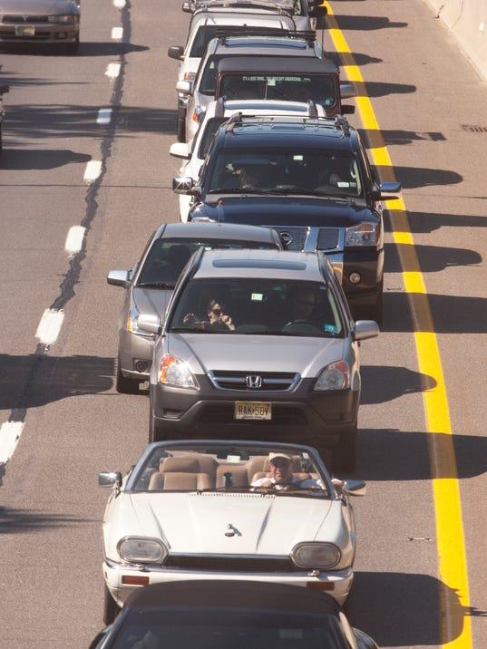 -traffic100618b.jpg_20100619.jpg