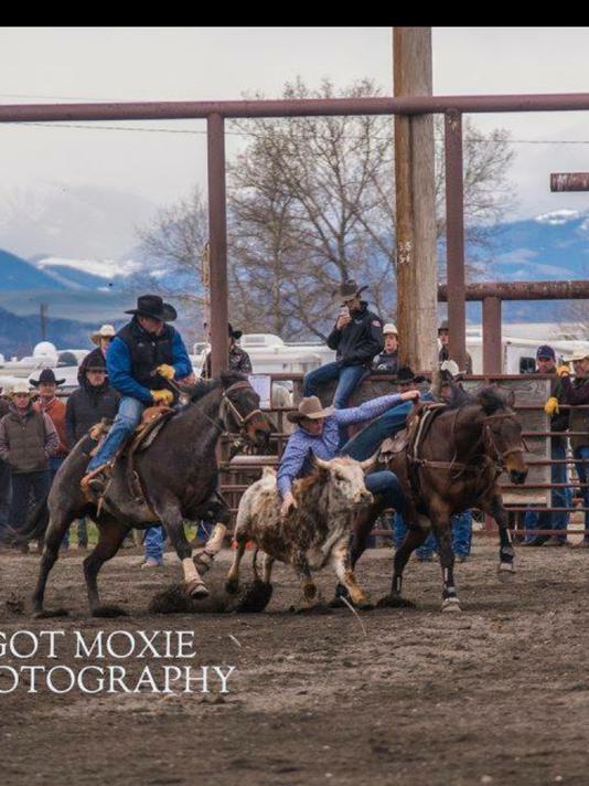 636616496164229339-brady-boyce-of-Lewistown-boys-rodeo.png