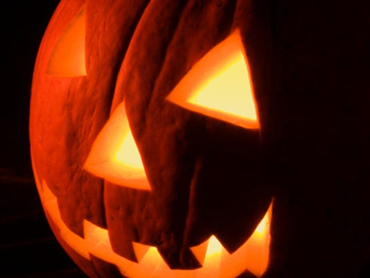 636128509885790544-Jack-o-lantern2.jpg