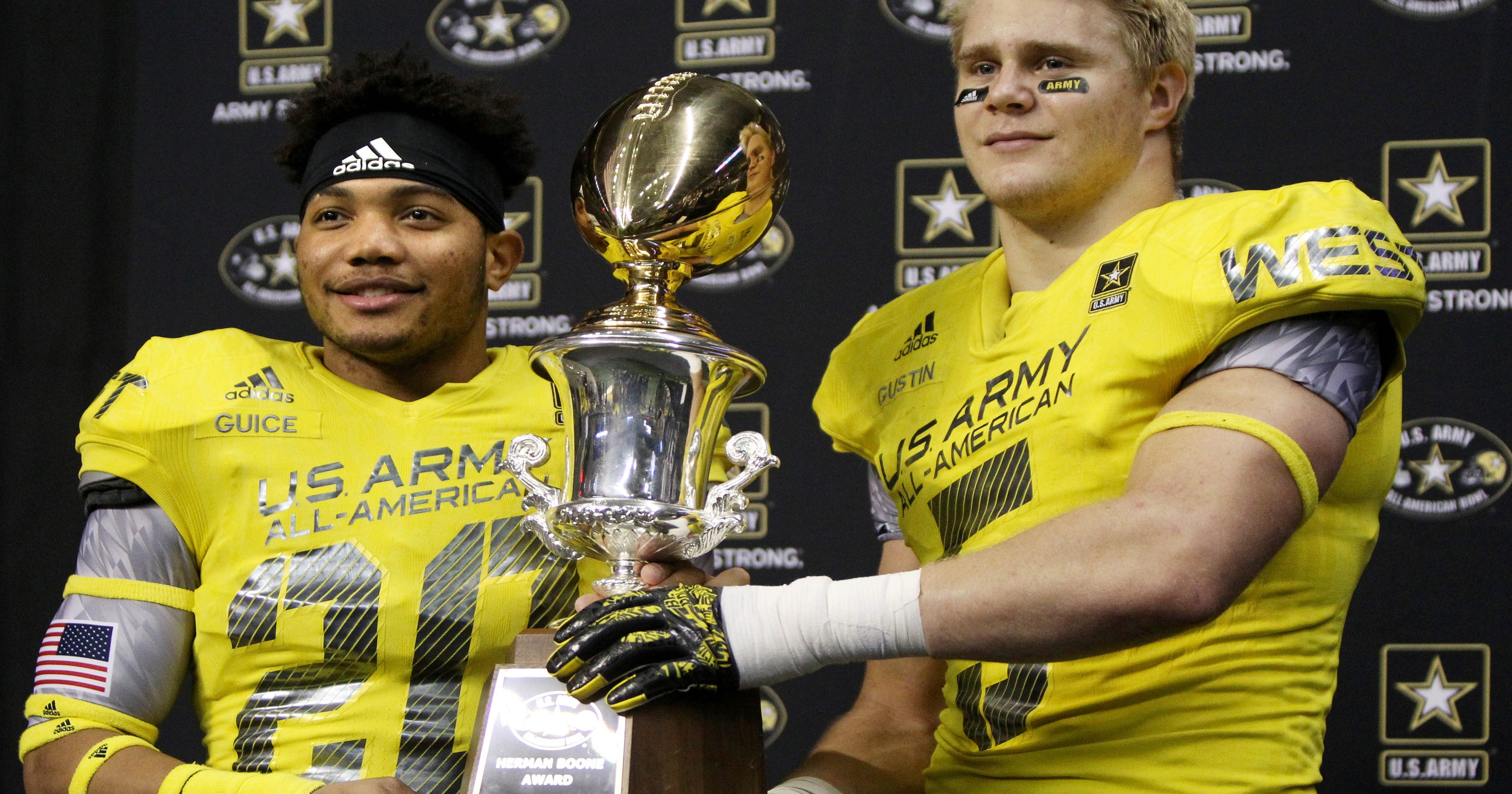 U.S. Army All-American Game  Derrius Guice has 2 TD catches for West 5becdf5aa