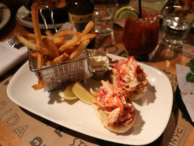 Seafood restaurants that source fresh local fish for Two fish crab shack