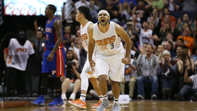 Suns' Jared Dudley reacts after making a basket against the Pistons in the second half on Nov. 9, 2016 in Phoenix, Ariz.