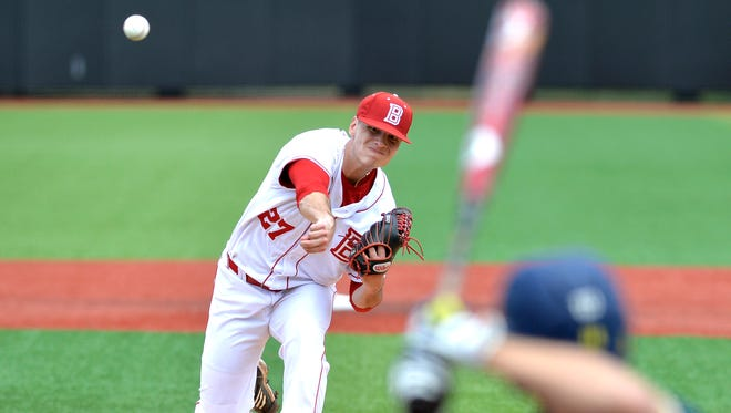 Bradley pitcher Elliott Ashbeck pitches against Michigan during the first inning in the Louisville Regional of the NCAA baseball tournament on Friday, May 29, 2015, in Louisville Ky.