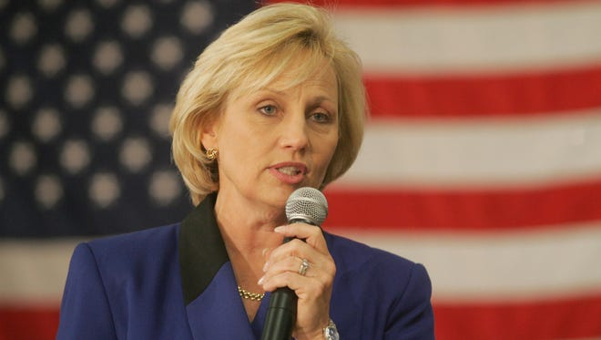 Lt. Gov. Kim Guadagno at a town hall meeting in Middletown in 2011.