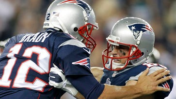 Patriots wide receiver Danny Amendola, right, caught a touchdown pass from quarterback Tom Brady in an Aug. 16 preseason game. He figures to be Brady's top receiver this season -- as long as he stays healthy.