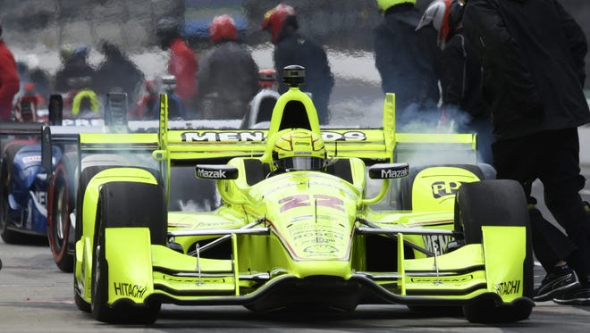 Polesitter Simon Pagenaud leads the field onto the track at the start of the Angie's List Grand Prix of Indianapolis on May 14,2016.