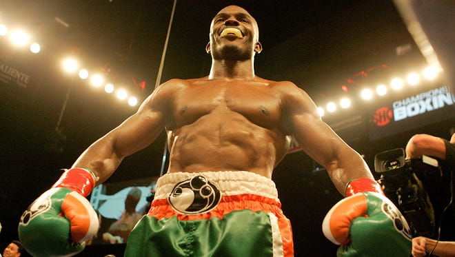 Timothy Bradley celebrates his win over Lamont Peterson.