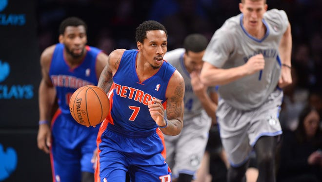 Apr 4, 2014; Brooklyn, NY, USA; Detroit Pistons guard Brandon Jennings (7) dribbles against the Brooklyn Nets during the first quarter at Barclays Center. Mandatory Credit: Joe Camporeale-USA TODAY Sports