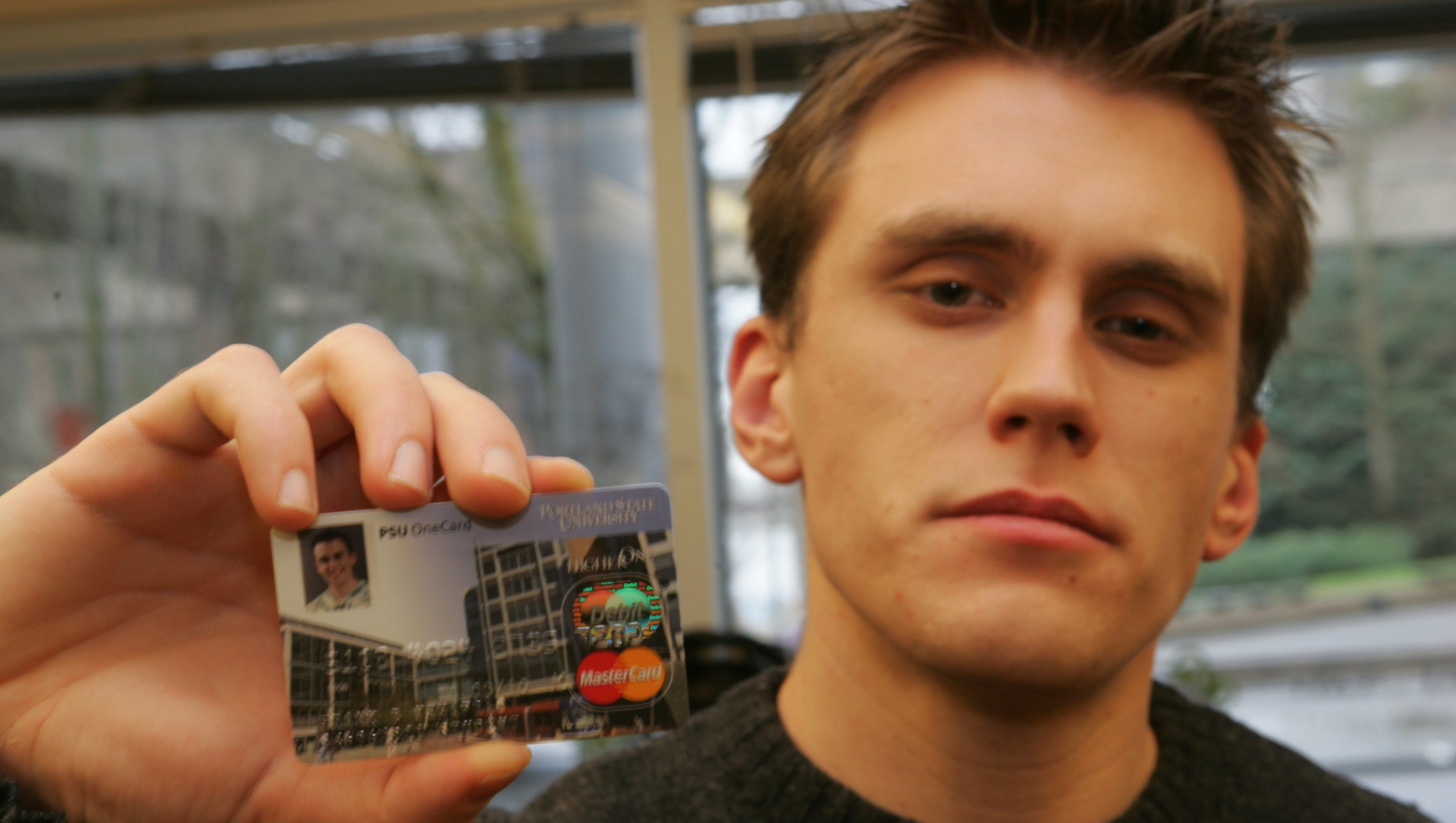 Heading To College 5 Cards To Build Your Credit Score
