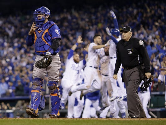 Royals celebrate World Series Game 1 win 2015