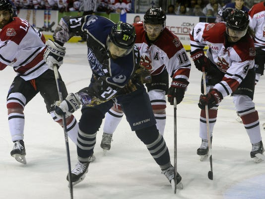 Ice Flyers vs Fire Antz 4