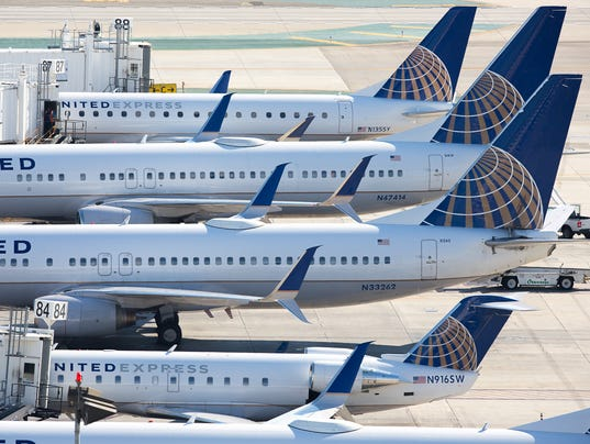 contract and united airlines United airlines pilots have voted to ratify a two-year extension to their labor agreement that pushes the contract through jan 31, 2019.