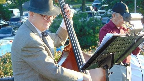 The second annual Harvest Moon Festival, an elegant culinary event under the stars on the driving range of Highland Springs Country Club, was attended by nearly 200 people.