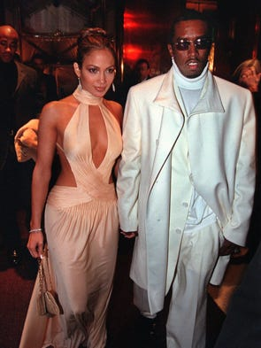 Jennifer Lopez Runs Into Ex P Diddy With Casper Smart