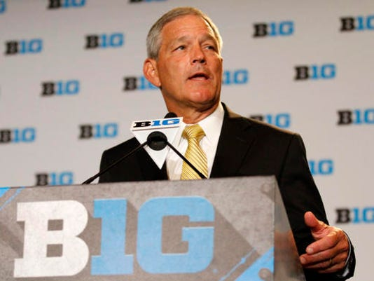 636051431783475283-Big-Ten-Media-Days-Fo-Rips.jpg
