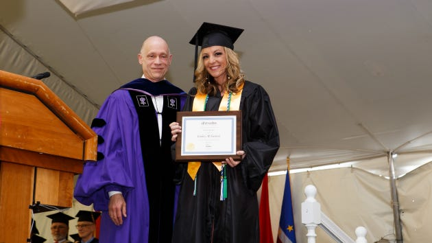 Lindsey Gaetani went from living in her car to speaking at her school's commencement ceremony.