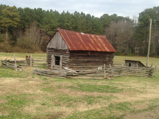Retired auctioneer Otho Mears moved this 19th-century log building to Virginia from a Gumboro, Delaware farm decades ago. Now he wants to sell it.
