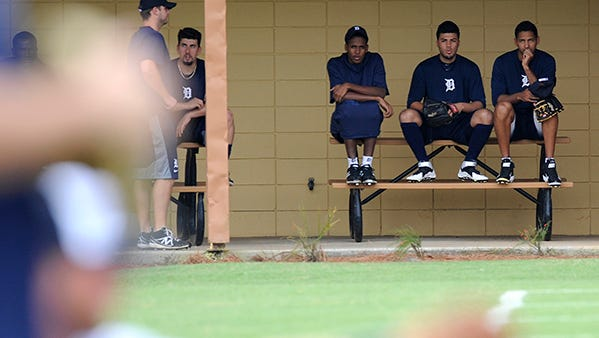Tigers' spring training invitees watch as starting pitchers warm up on Thursday in Lakeland.