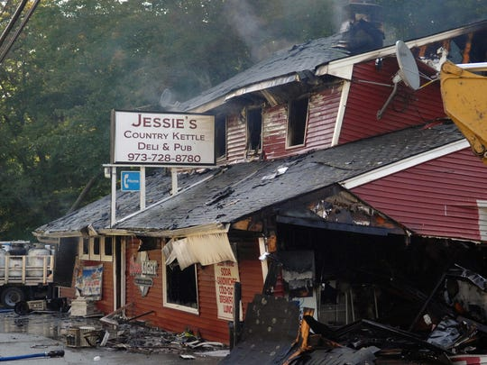 The owner of Jessie's Country Kettle Deli and Pub had trouble relocating his liquor license after a fire at the former location in Sept. 2012.
