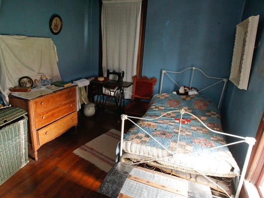 villisca single guys Villisca: living with a mystery he actively participated in a men it was the latest crime in what newspapers speculated was a series of killings by a single.