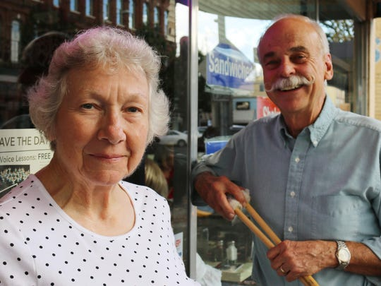Romona and Hale Thornburgh were singing the praise of an upcoming Salem Pops Orchestra concert this Saturday.