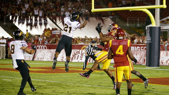 Arizona State's Jaelen Strong catches a 49-yard pass from Mike Bercovici to defeat USC on the final play of the game on Saturday, Oct. 4, 2014 at Memorial Coliseum in Los Angeles, CA.