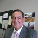 Arcadia Mayor Eugene Smith dies