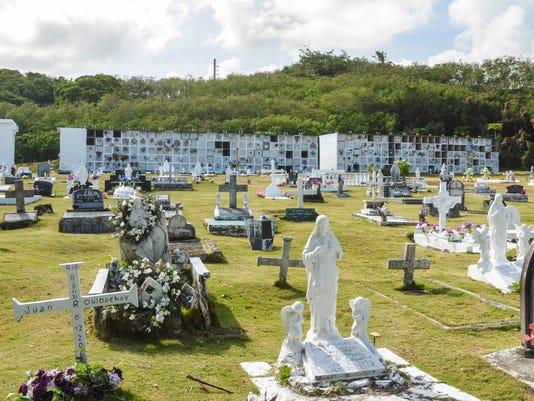 635676863063190305-cemetery