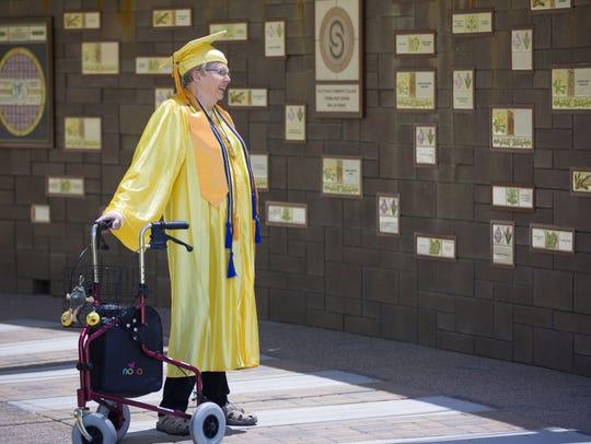 Scottsdale Community College's oldest graduate, Gwendolyn