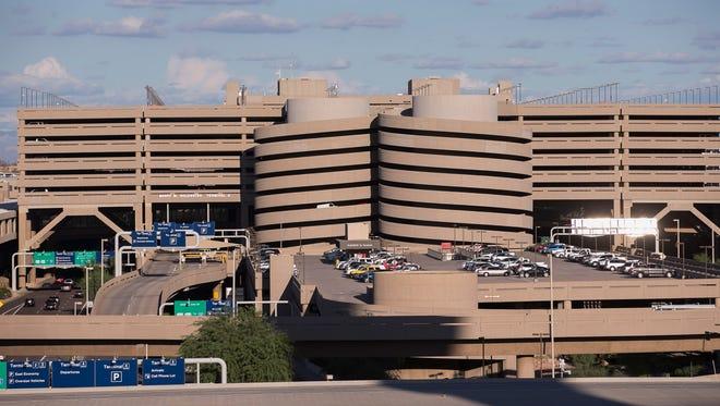 Patrick Breen/The Republic  terminal 4 at Phoenix Sky Harbor International Airport on Thursday, Sept. 18, 2014.