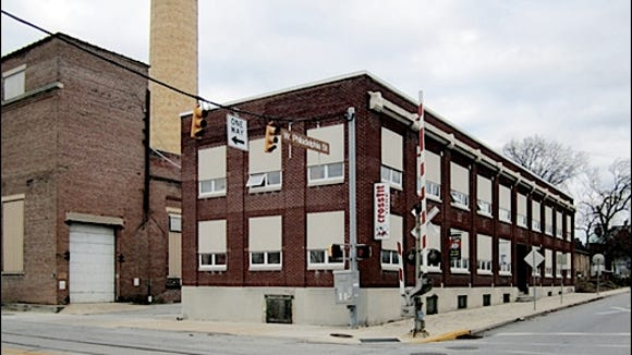 View of Former Steam Plant Warehouse Building on northeast corner of Philadelphia Street and Pershing Avenue in York, PA (2015 Photo, S. H. Smith)