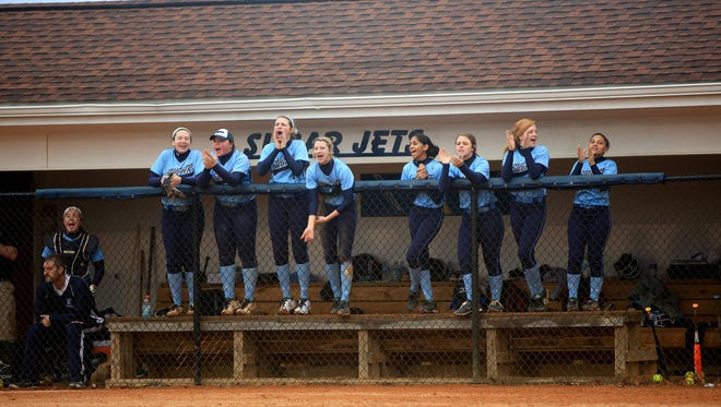Enka's softball team.