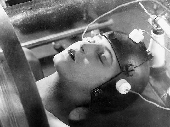 """Scenes from Fritz Lang's 1927 silent sci-fi classic """"Metropolis"""" will be part of Present Music's Oct. 21 concert at the Milwaukee Art Museum."""