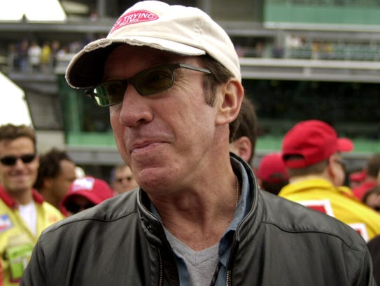 Tim Allen chats with reporters before the 2001 Indianapolis