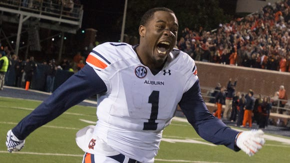 Auburn wide receiver D'haquille Williams returned to